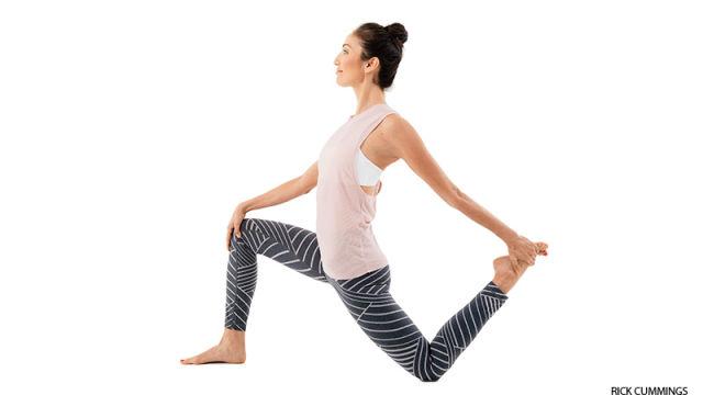 low-lunge-hip-flexor-stretch